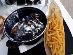 les moules au roquefort/frites..