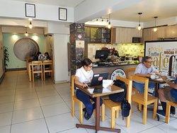 El mejor café de Trujillo! Un lugar muy agradable para disfrutar un buen momento. Los acompañamientos y galletas artesanales son una delicia.
