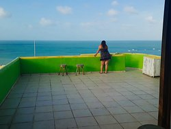 Terraço com vista do mar, da orla da Ponta Negra e morro do Careca...muito lindo