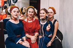 Русские традиции под современным углом