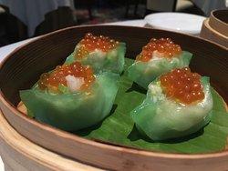三文魚籽翠玉海鮮餃