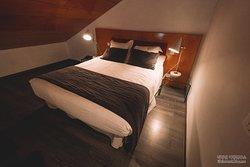 더블스위트 객실 내부(침대)