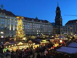 ตลาดคริสต์มาส เดรสเดิน