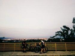 Bicitour vespertino a La Voragine, vía a Pance sector La Riverita.