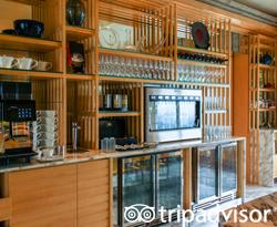 Clubs at The Ritz-Carlton, Millenia Singapore