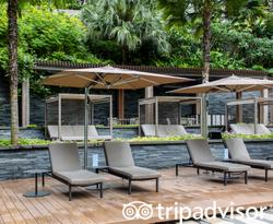 The Pool at The Ritz-Carlton, Millenia Singapore