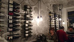 wine therapy le mur