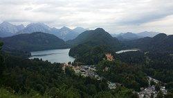 Hohenschwangau y accesos a Neuschwanstein