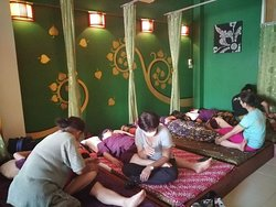 Thai massage for 2 hours