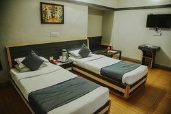 Deluxe villa twin bed a/c room