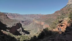 "Blick vom Bright Angel Trail  auf den ""Indian Garden"""