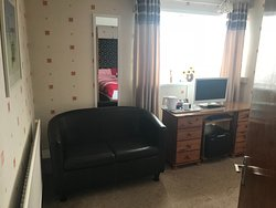 All rooms with Central heating.Tv Dvd, Fridge, seating and hospitality tray.