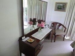 Dressing table in bedroom of Winter suite
