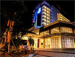Illira Hotel