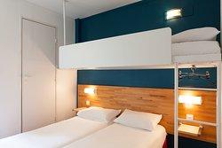 Chambre Triple (trois petits lits)