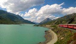 L'indimenticabile viaggio con il trenino del Bernina Express!