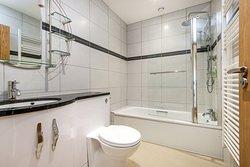 Wallops Wood bathroom