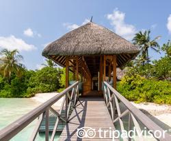 Spa Dhoni at the Four Seasons Resort Maldives at Kuda Huraa