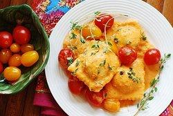 Cheese Ravioli in Tomatoe Sauce