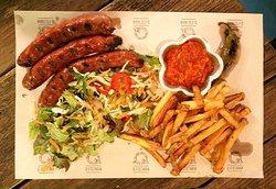 BBQ sausages with garnish