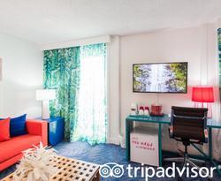 The Junior Suite at the Shoreline Hotel Waikiki
