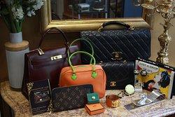 Opulence Luxury & Vintage