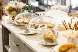 Hotel Kauppi breakfast buffet