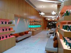 Indian&Lebanese cuisine restaurant in Hotel Boulevard