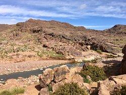 Flusslauf im Jbel Saghro während einer Mittagspause