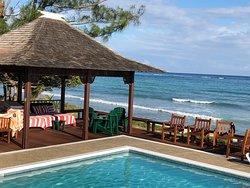 Gazebo for shade in sunny Jamaica Red Fox Villa