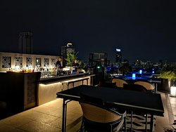Yao rooftop bar with BKK night view