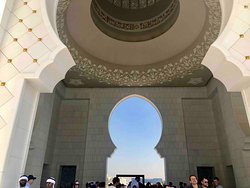Sheikh Zayed Grand Mosque Center 19