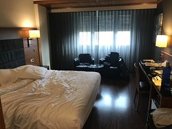 Decent hotel, clean and friendly staff
