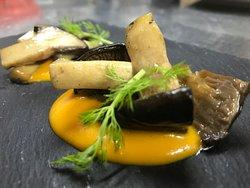 Funghi Cardoncelli su crema di zucca