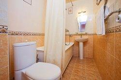 Ванная комната номера Полулюкс