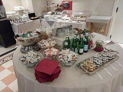 Parte del buffet per la prima colazione