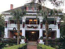 Herlong Mansion Bed and Breakfast Inn