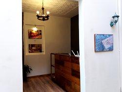 Recepción del Hotel/Galería: San Rocke House