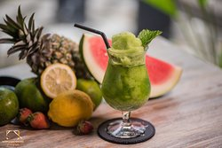 Frozen Lime Mint Mocktail