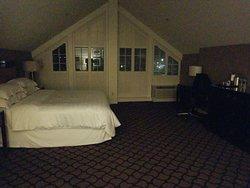 King larger than standard room