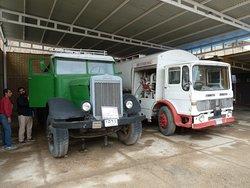 Erste Tankwagen