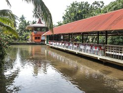 Jconfarm Restaurant, located on fish pond the ambience has to be witnessed to be believed