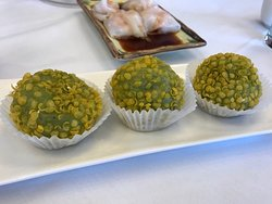 Green tea sesame balls!