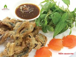 Nấm sốt me (Roasted muchroom deep with tamarind sauce)