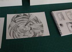 Réalisation de dessins par les élèves