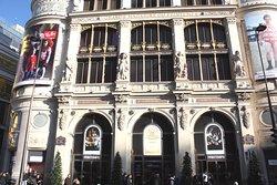 Façade coté Est entrée principale