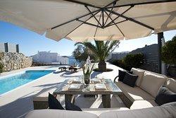 Villa Karali swimming pool