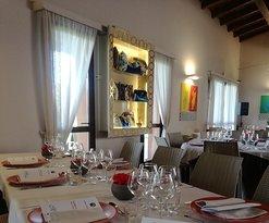 Par 72 Bistrot & Restaurant - Lounge Bar