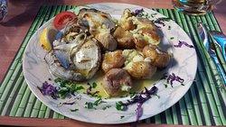 Sepia mit Kartoffeln