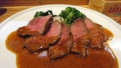 野菜のテリーヌ、ヤリイカのフリット、熊本赤牛ローストビーフ、クリームブリュレ